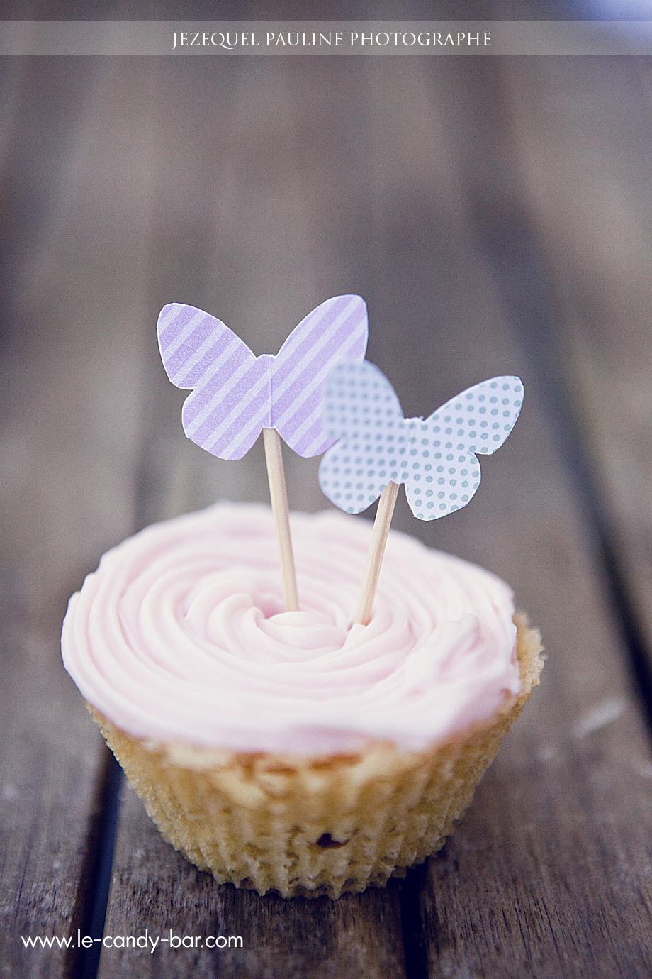 déco papillon sur cupcake