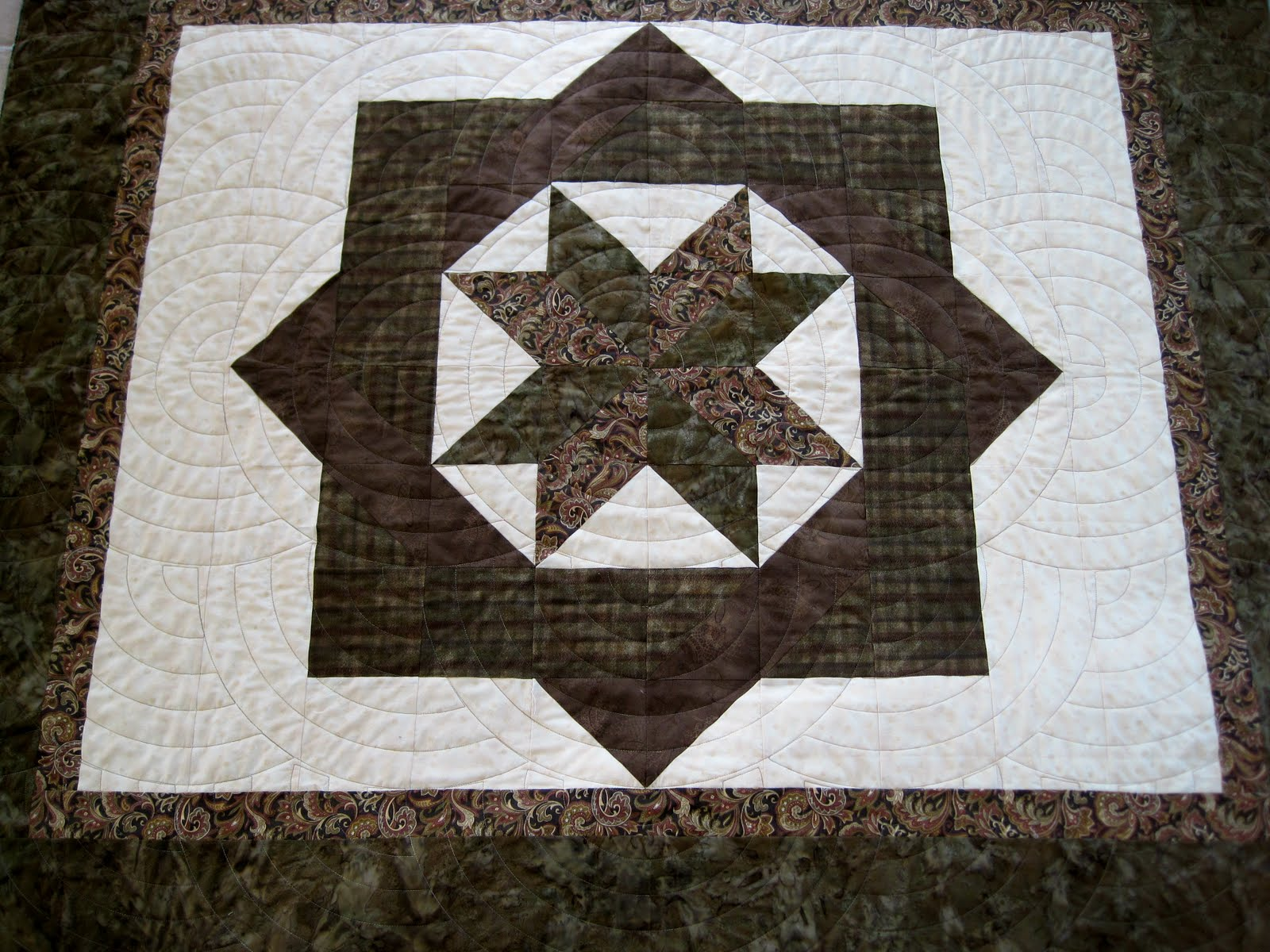 Quilt Patterns For Wedding Gifts : Finely Finished Quilts: Diana s Wedding Gifts