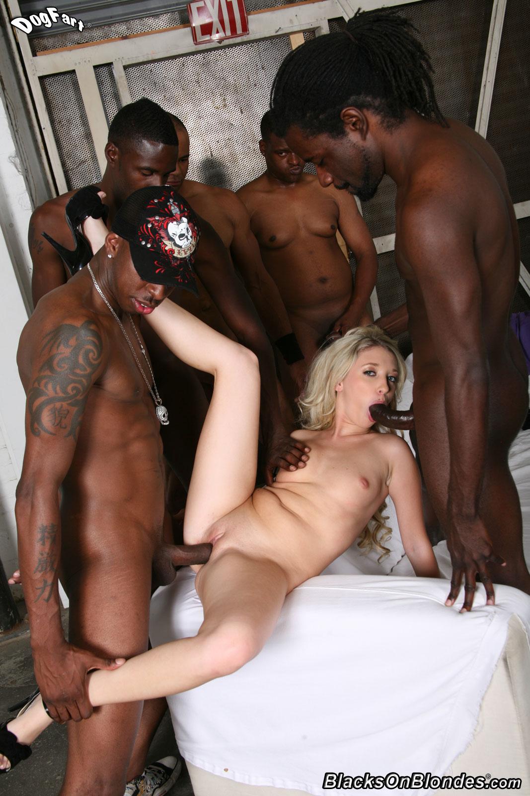 White girls jungle xxx nude picture