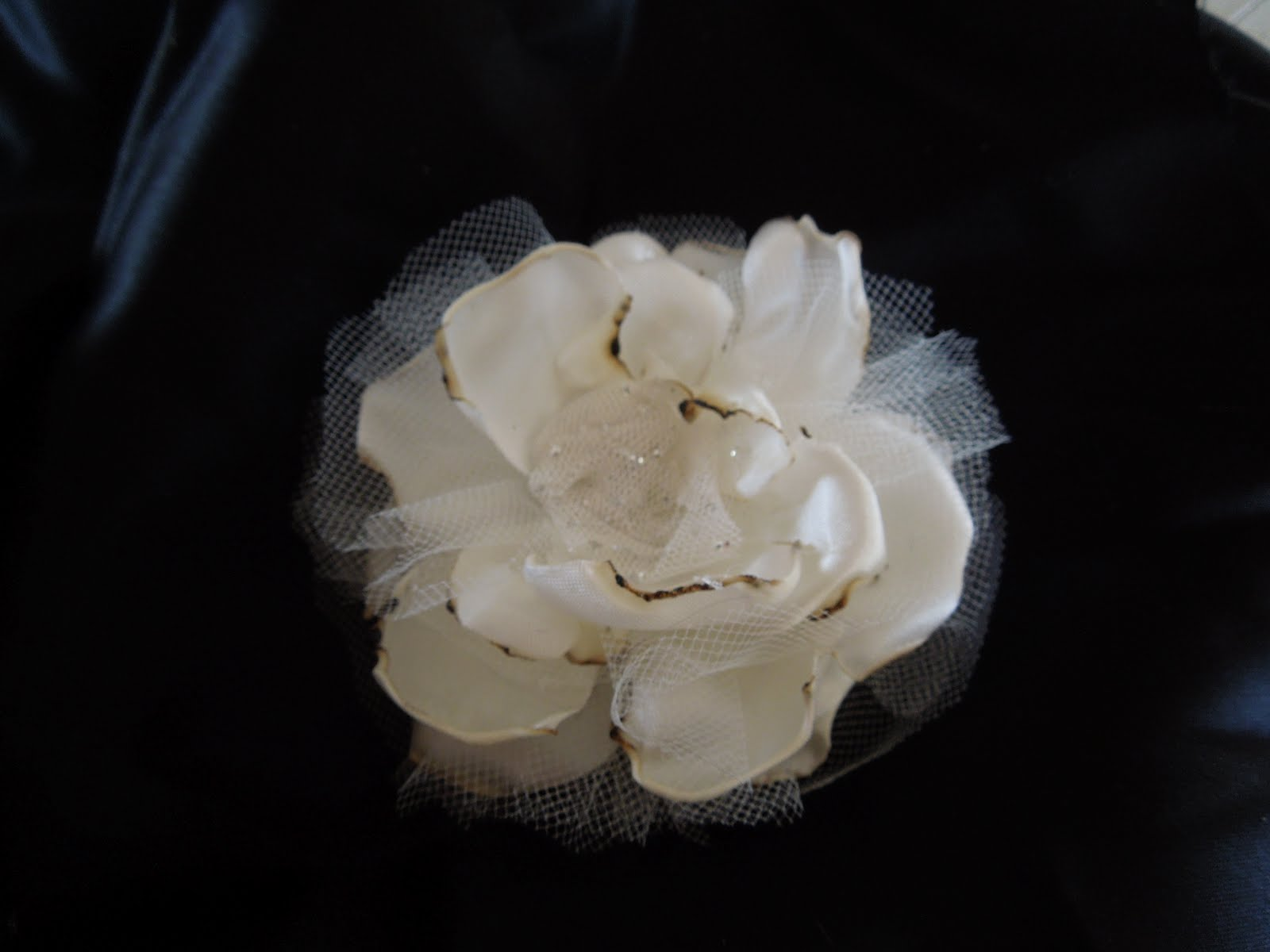 Tickled in love diy romantic silk flower this month well be making a silk flower that you can add to your hair your clothes your sheer apron or anything you desire mightylinksfo