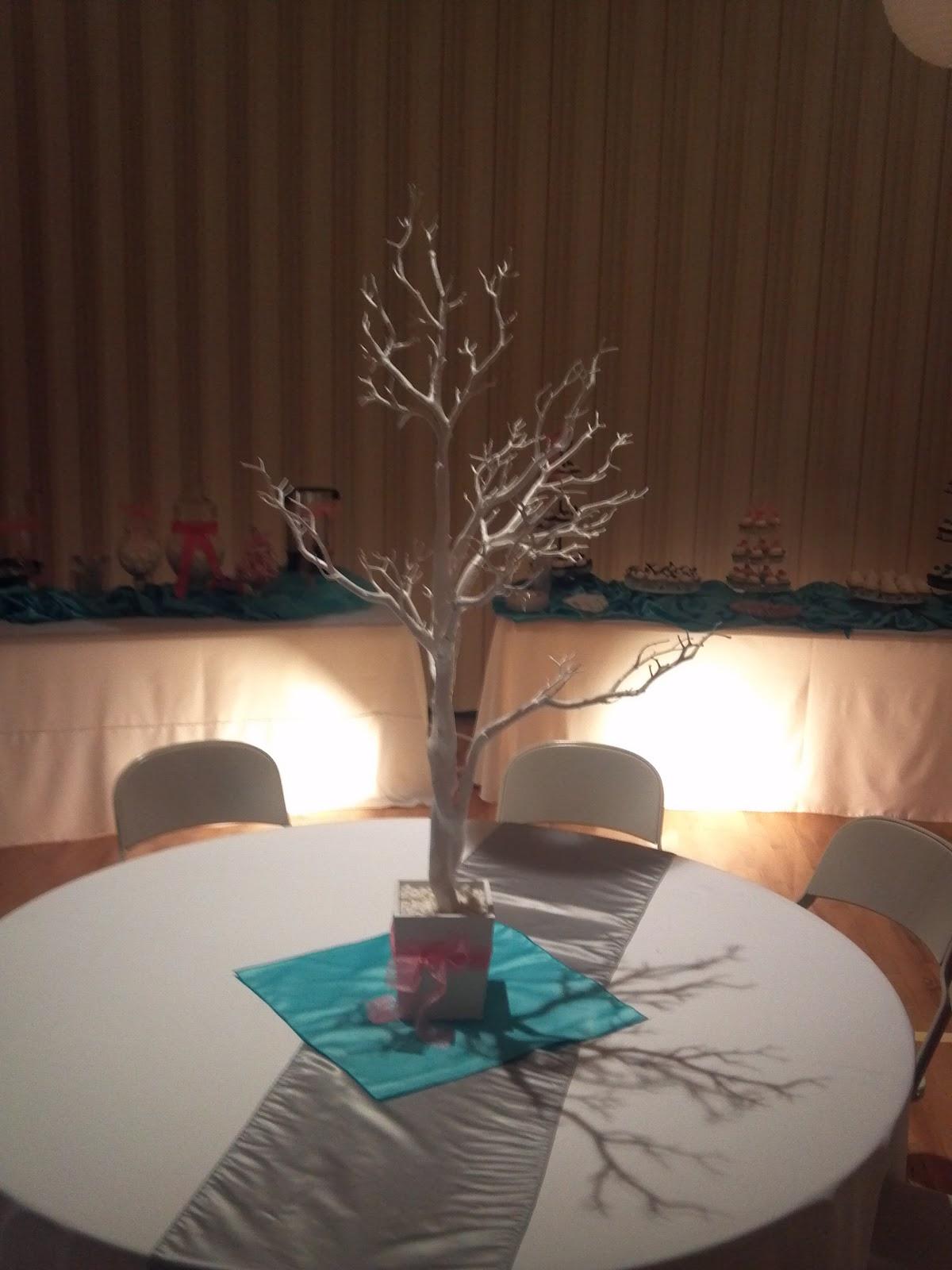 UWeddings: Coral and Tiffany Blue Wedding