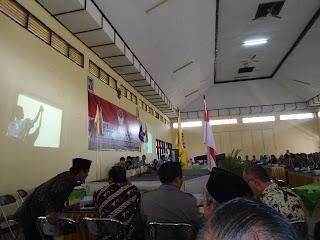 Undangan Yayasan, Majelis Sekolah dan Pengawas