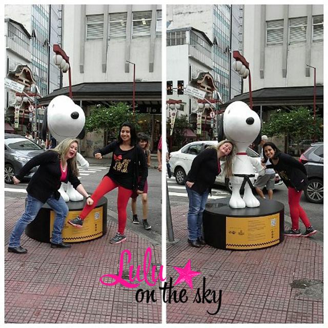 Snoopy de quimono na Praça da Liberdade em São Paulo