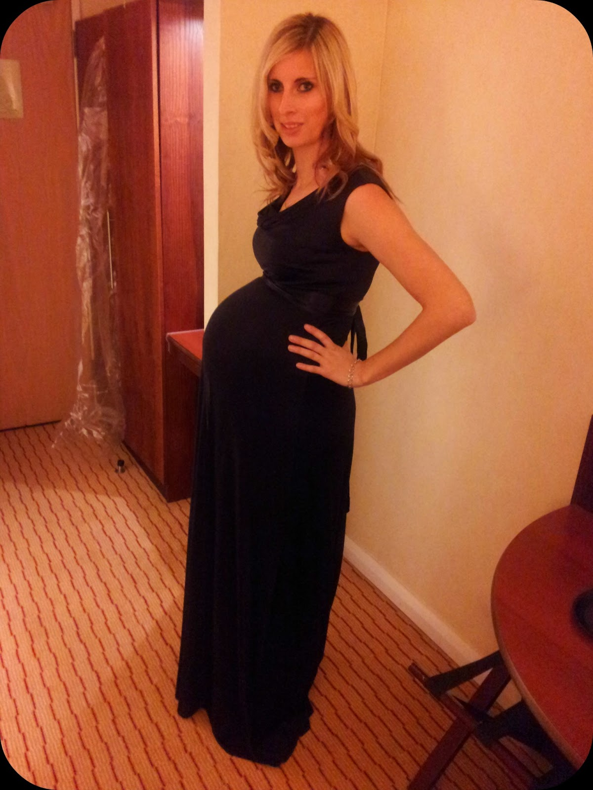 The adventure of parenthood tiffany rose 33 weeks pregnant tiffany rose dress maternity wear huge pregnant bump ombrellifo Images