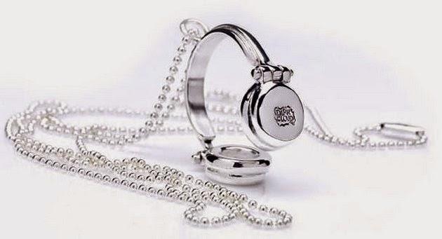 jewelry-accessory-1