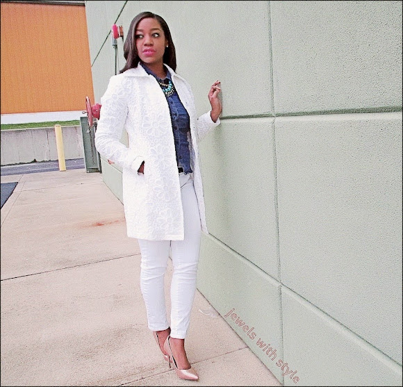 all white outfit, white coat, jewels with style, black fashion blogger, white skinny jeans, gold heels, spring wardrobe essentials, white coat