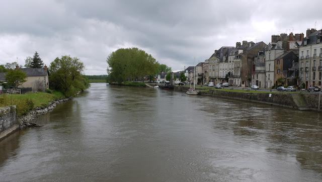 La Vilaine à Redon, port de Redon 35