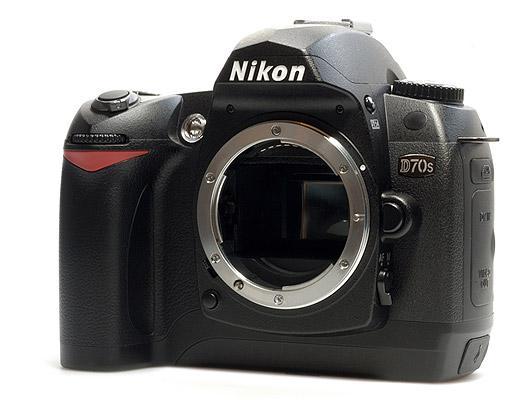 SPESIFIKASI CAM... D70 Nikon