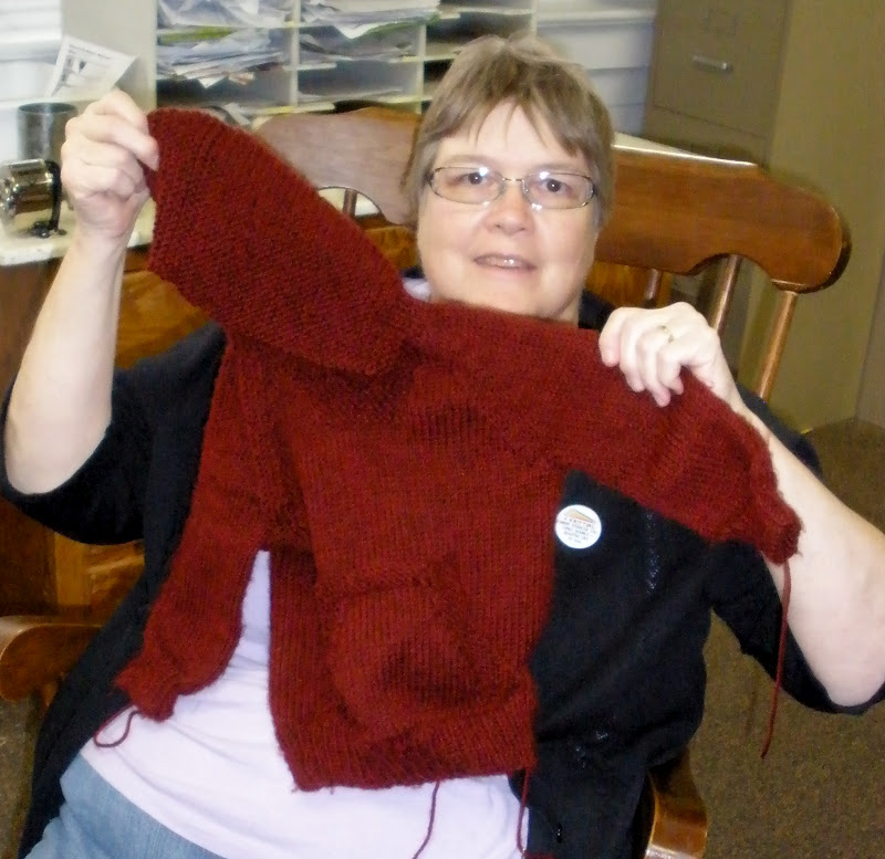 Knitting Pattern For Wallaby Sweater : Emptyknitsters Never Ending Knitting: Wonderful Wallabies ...