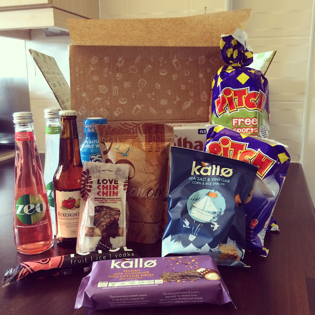 food, subscription, box, degustabox, review, sample, june, picnic, kallo, ricecakes, rekorderlig, coconutsugar,