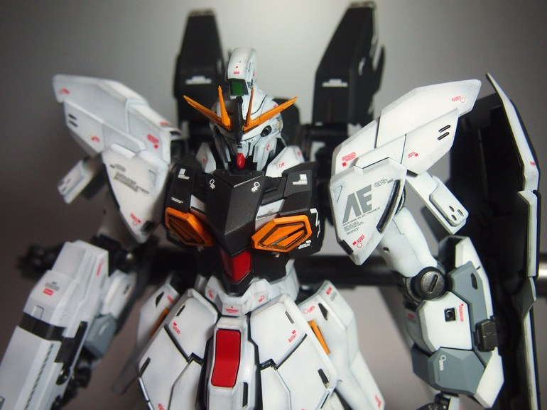 Mg 1  100 Sinanju Stein Ver  Ka Custom Build
