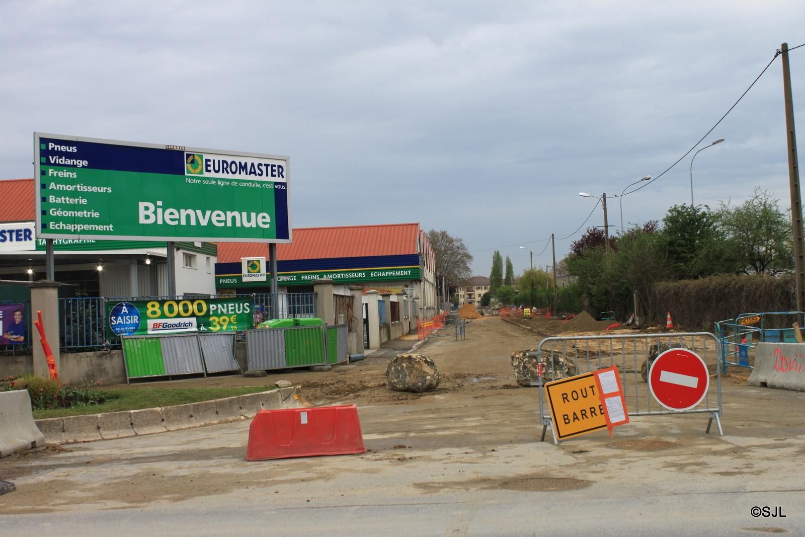 Leclerc Blanc Mesnil: Construction jour après jour