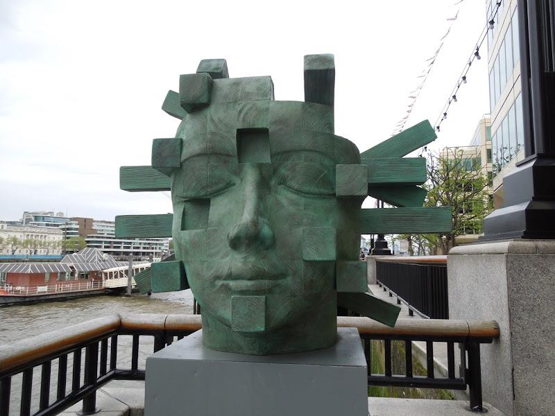 Architect sculpture Jilly Sutton