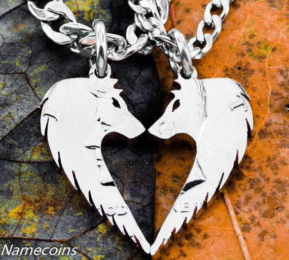 https://www.etsy.com/listing/156481414/wolf-necklace-set-wolves-making-heart?ref=favs_view_14