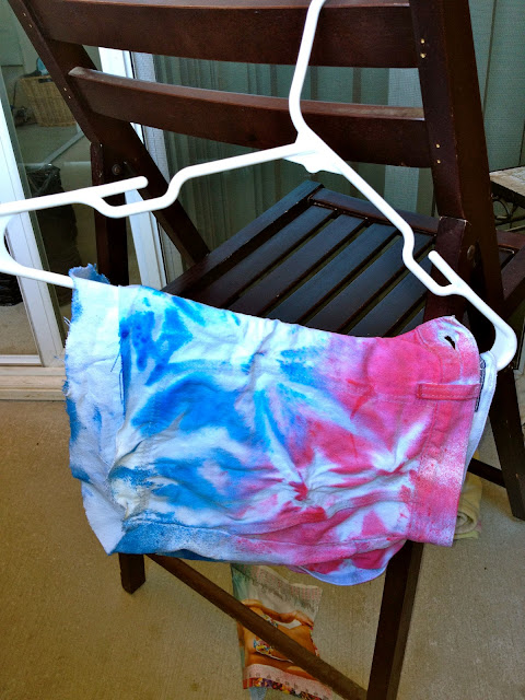 jean shorts, high waisted shorts, goodwill finds, diy, tie dye, 4th of july shorts