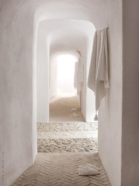 Spa en colores arena blanca