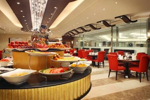 Rotana Hotel Makkah Restaurant