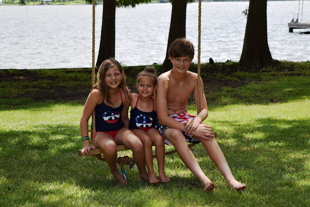 While I'm Waiting...Friday Favorites - 4th of July memories