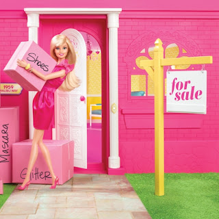 Barbie Dream House Sale on Hands  Toy Fair 2013   Barbie In 2013   Malibu Dreamhouse Up For Sale