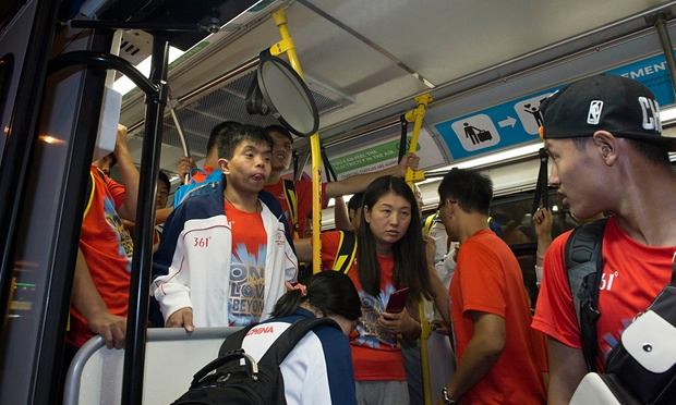 Chinese athletes arrive in LA