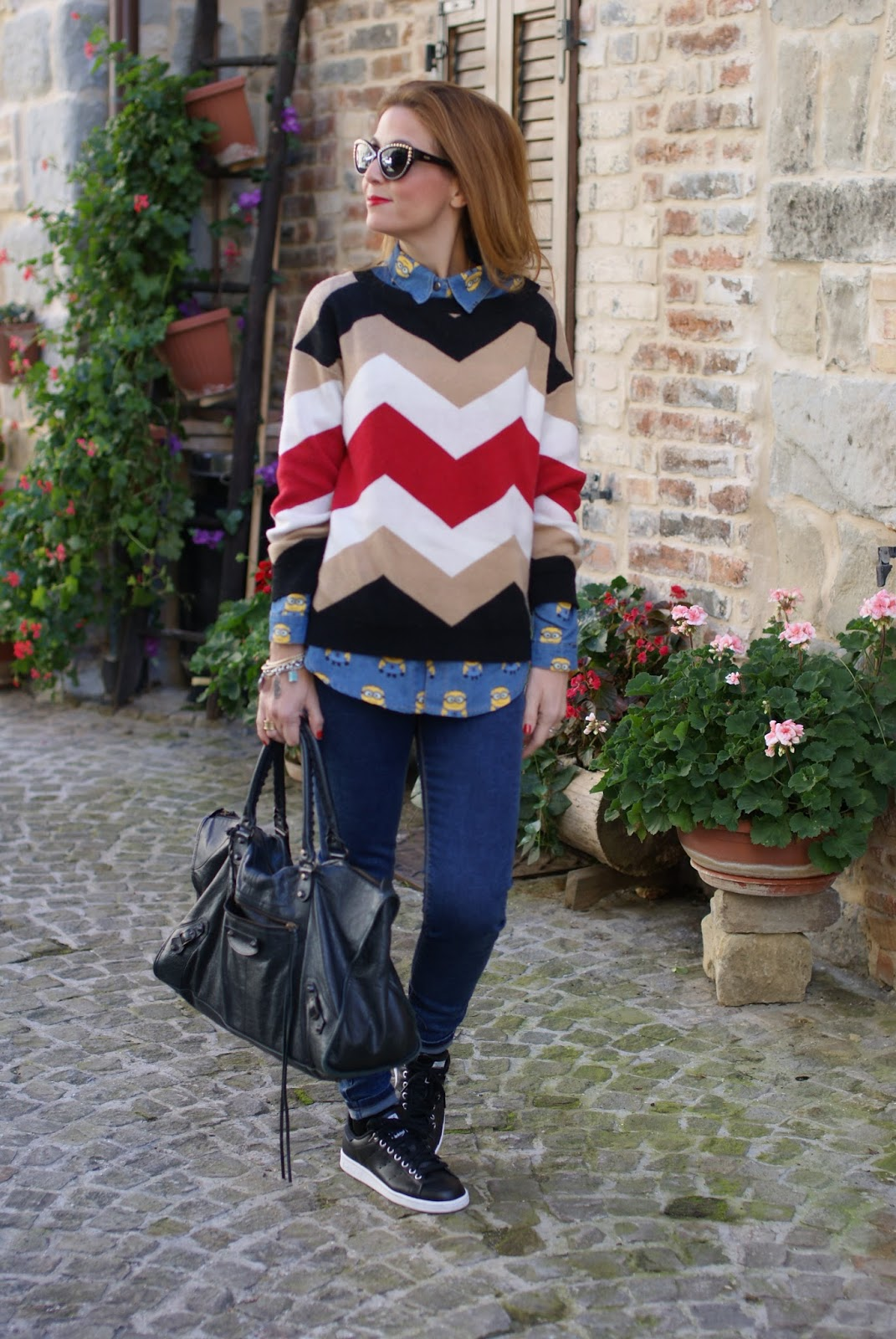 Chevron sweater and stan smith sneakers on Fashion and Cookies fashion blog, fashion blogger style