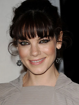 Michelle Monaghan Dangle Decorative Earrings
