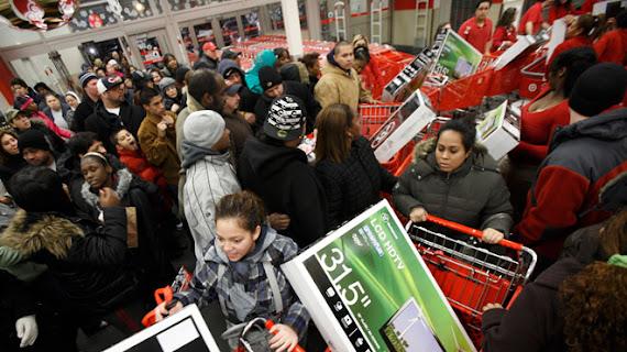 Black Friday 2012 Vinerea neagra reduceri la Emag ALtex Domo Evomag haine si incaltamine MyCloset