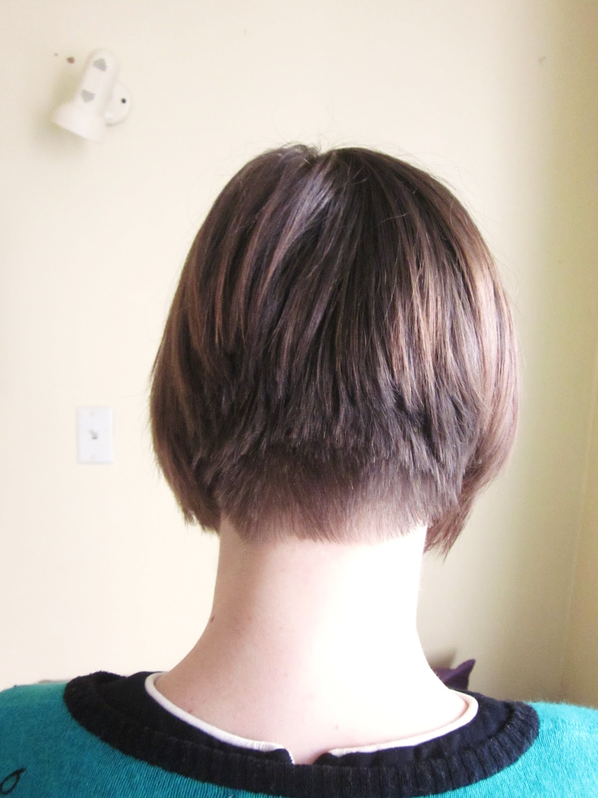 Concave Bob Hairstyle Front And Back View   Short ...