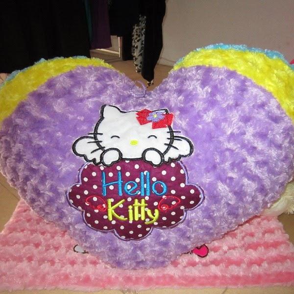 Gambar boneka love helo kitty lucu dan cantik warna ungu