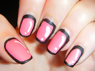 33DC-follow-a-tutorial-cartoon-nails