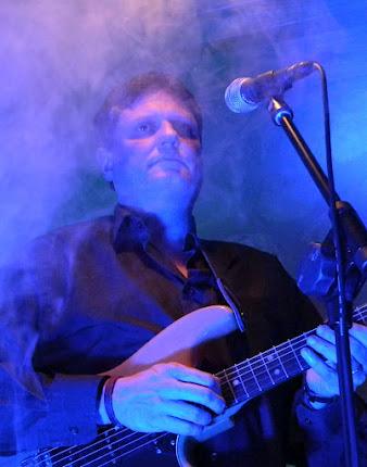 Josep Pere, guitarrista y componente de TRIPOLI Y DE LA ORQUESTA MARINADA