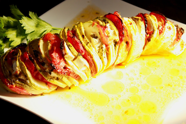 Zapečene tikvice sa feta sirom i paradajzom