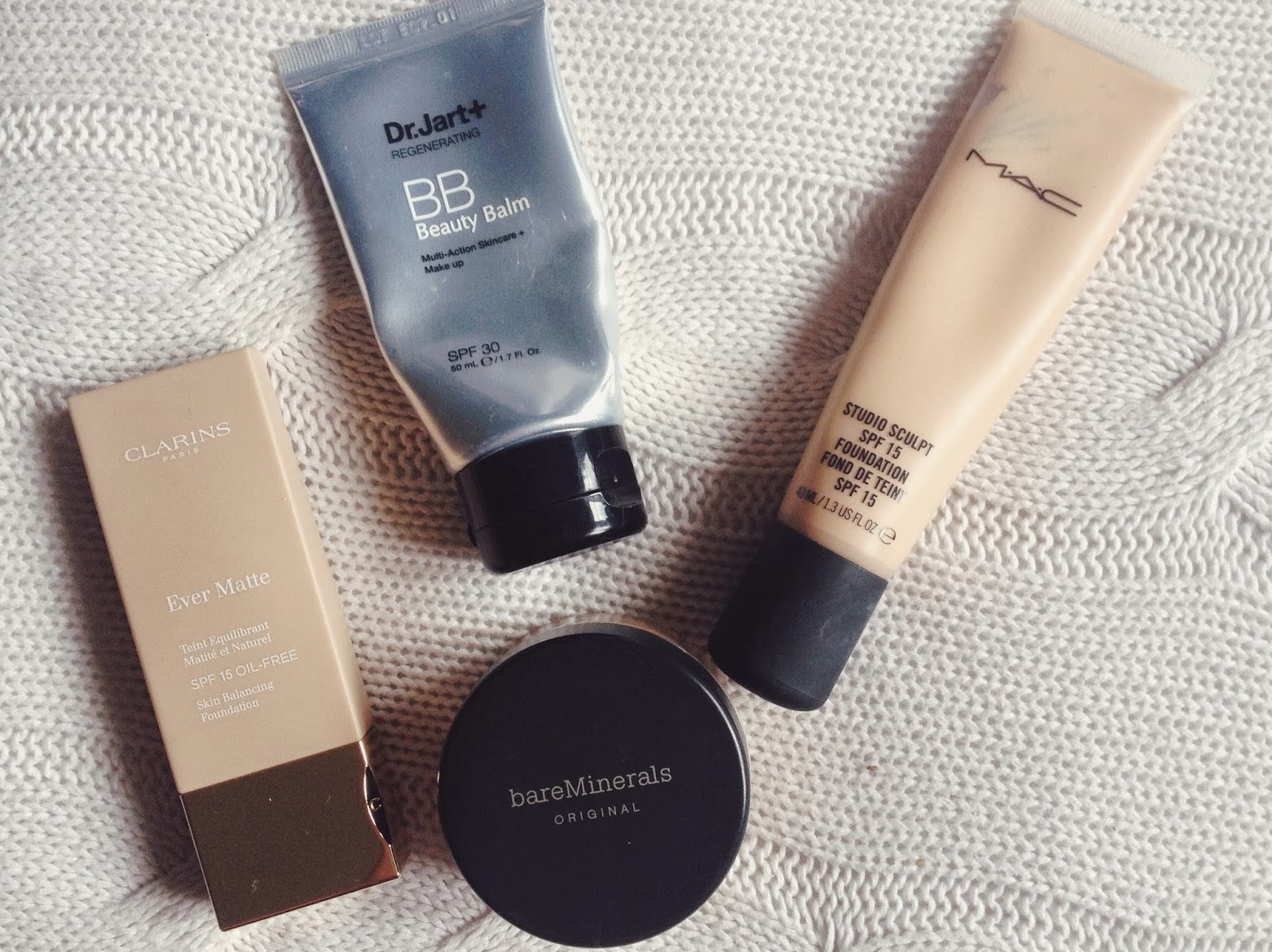 FashionFake, beauty blog, Bare Minerals foundation review, makeup review, mineral makeup