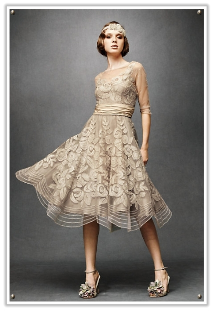 In The 1930s Styles Became A Little Simpler Lots Of Satin And Silk With Sheath Style Skirts