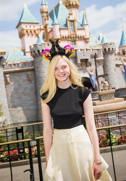 Elle Fanning - 60 anos da Disney Land