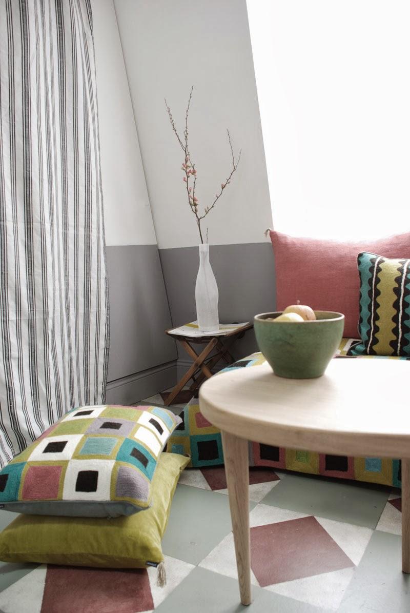 marianne evennou chez pauline 25 m2 perch s au dernier. Black Bedroom Furniture Sets. Home Design Ideas