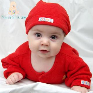 Kırmızılı Bebek