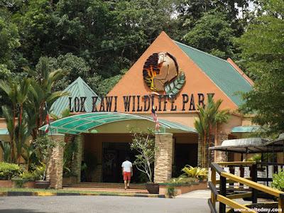 Lok Kawi Wildlife Park Signboard