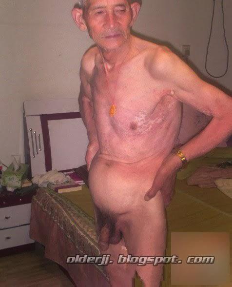 skinny-and-naked-men