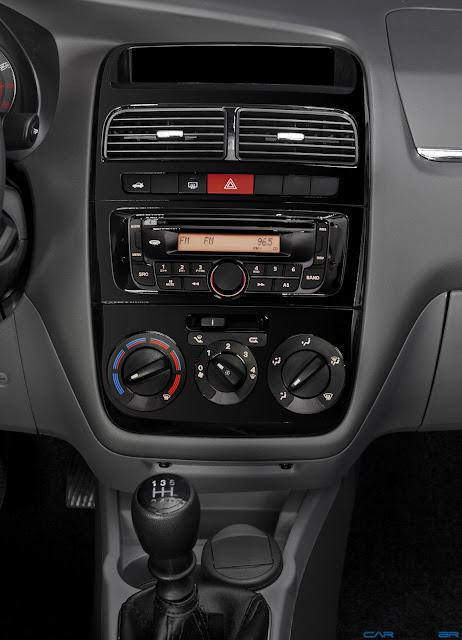 Fiat Linea 2013 - interior