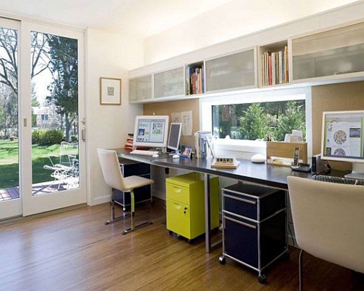 Home office design ideas on a budget interior inspiration for Interior designs for offices ideas