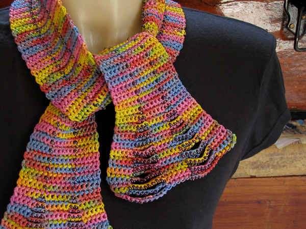 Knitting Patterns For Beaded Scarves : Interlacements Yarns LLC: Knit   and crochet!   beaded scarves