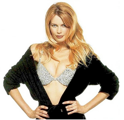 Million Dollar Fantasy Bra modelled by Claudia Schiffer