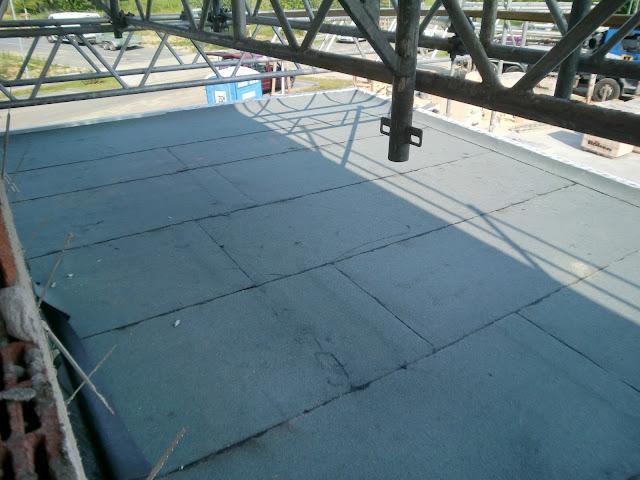 zuhausebau bitumen dach trockenbau extraw rste. Black Bedroom Furniture Sets. Home Design Ideas