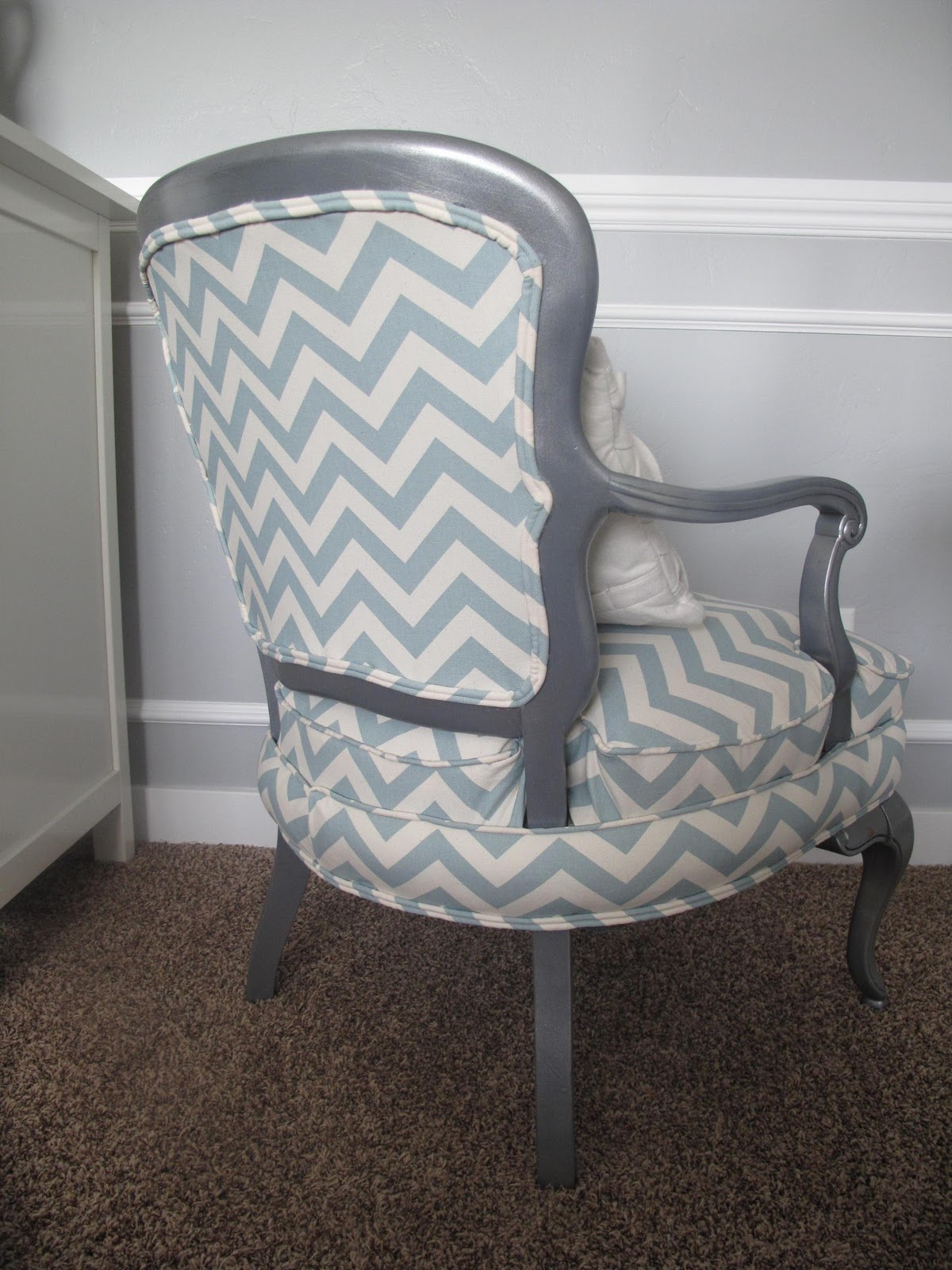 Little miss penny wenny chevron chair - Como tapizar una butaca ...