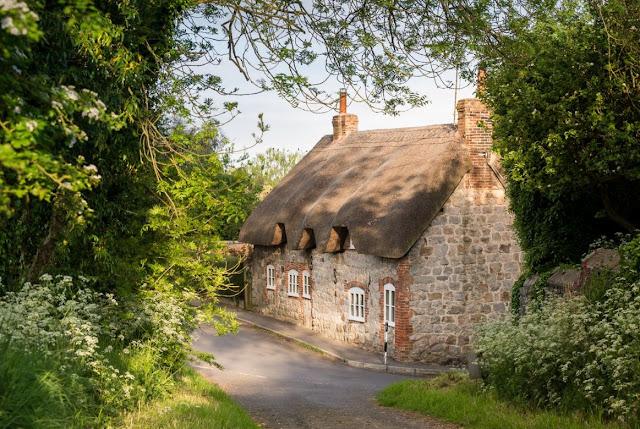 Shabby and charme un fantastico cottage nello wiltshire for Disegni casa cottage