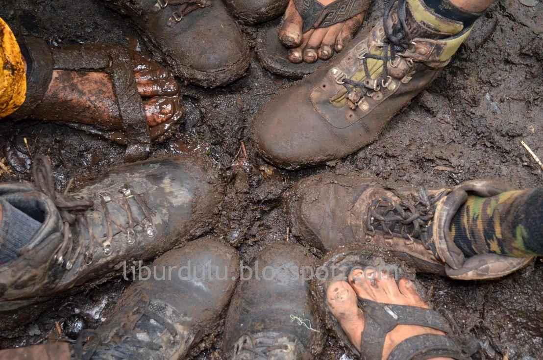 Sepatu H M Wanita Hampampm Travel Story Climbing Mount Kerinci The Highest Peak At