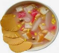 Cara membuat minuman segar sekoteng buah delima