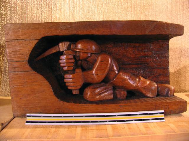 esculturas Ursi mineros
