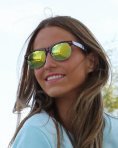 http://www.misterspex.es/gafas-de-sol/ray-ban-clubmaster-rb-3016-114519-smal_f6514417.html